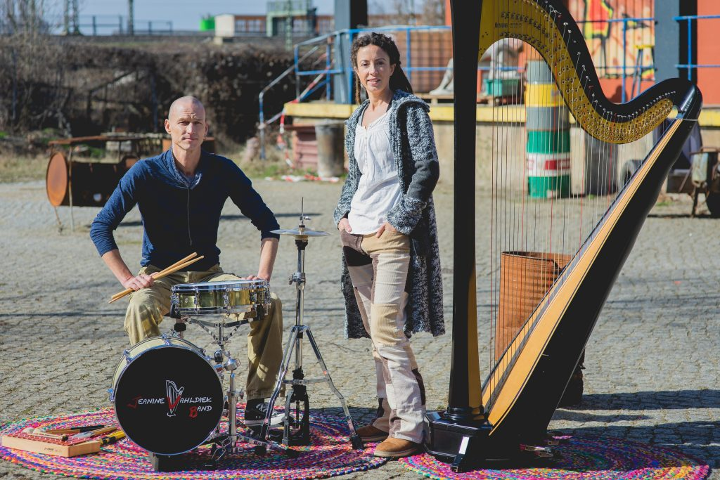 No hardship @ Hörsaal in der Musikschule